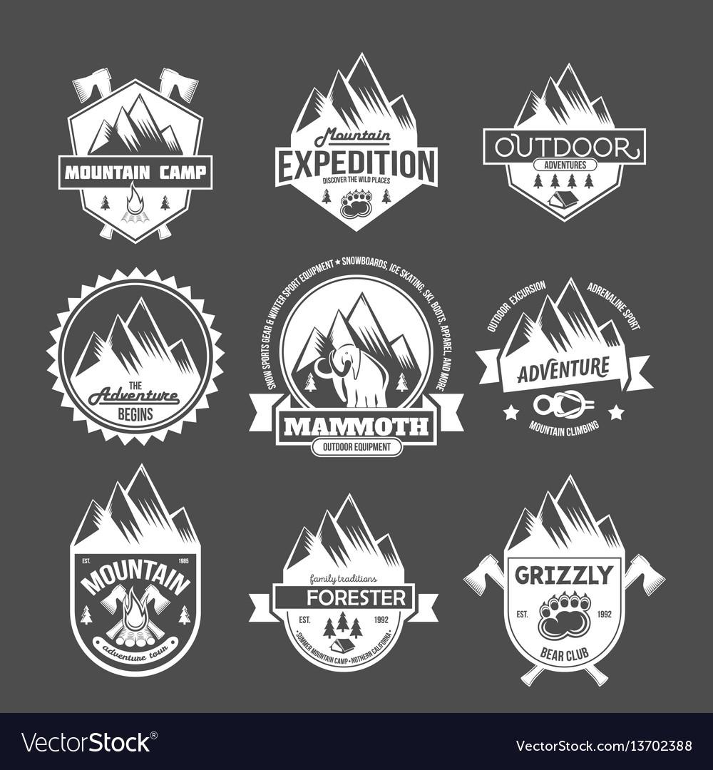 Set vintage mountain explorer labels