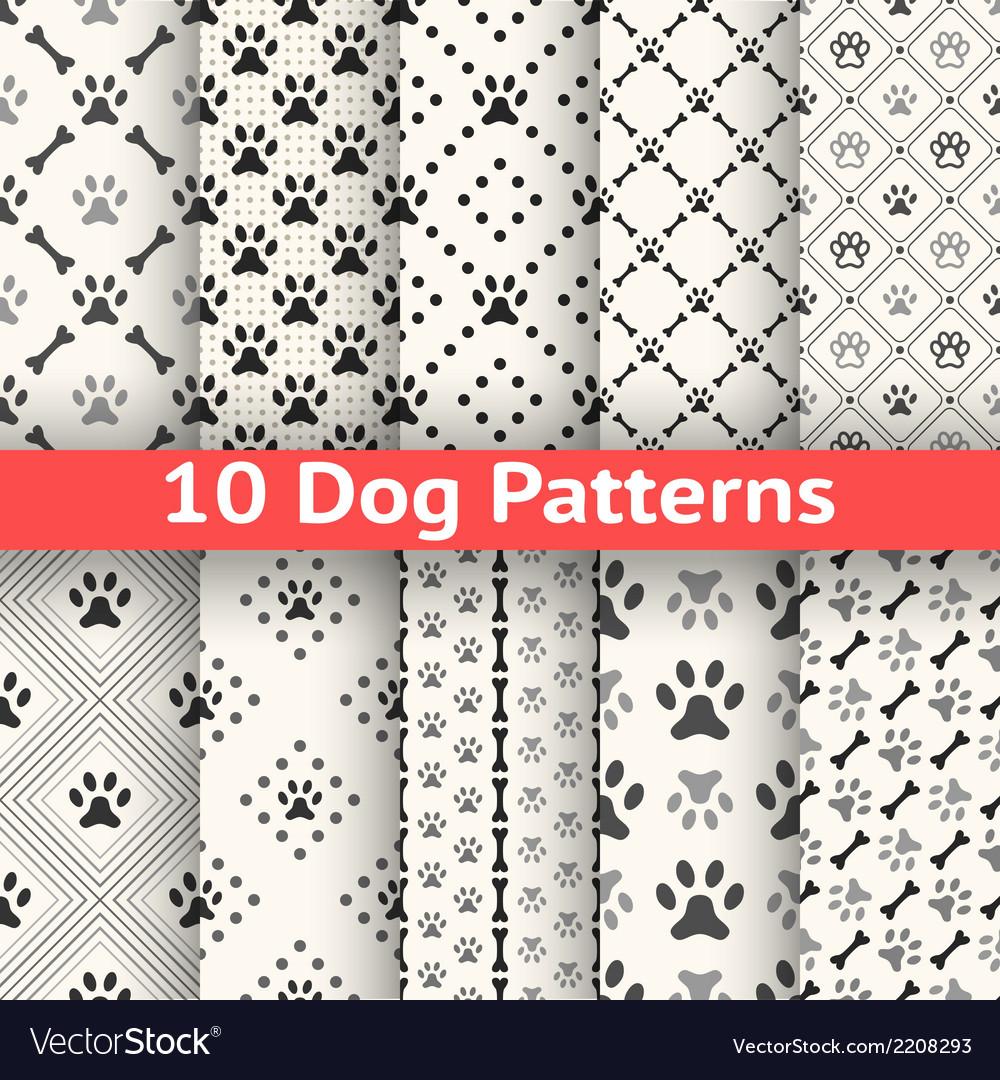 Set animal seamless pattern paw footprint