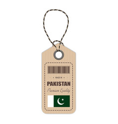 Hang tag made in pakistan with flag icon isolated vector