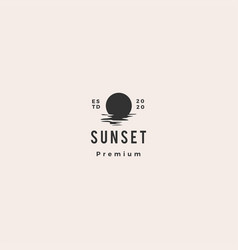 Sunset logo icon sea gulf coast hipster vintage vector