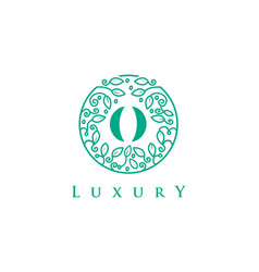o letter logo luxurybeauty cosmetics logo vector image