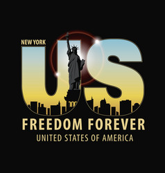 Letters us with the image of statue of liberty vector