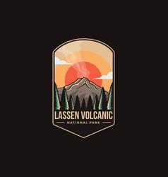 Emblem patch lassen volcanic national park vector