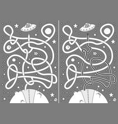 Alien maze vector