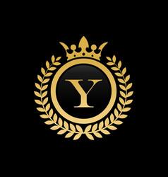 letter y crown logo vector image