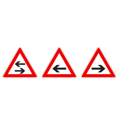 warning - singletwo way traffic sign black arrow vector image