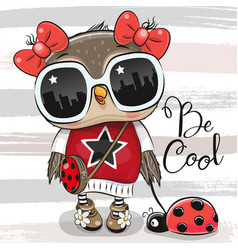 Cartoon owl with sun glasses and ladybug vector