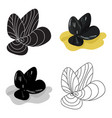 mussels icon in cartoon style isolated on white vector image vector image