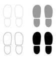 traces the heels of shoes the black and grey vector image
