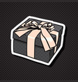 realistic gift box icon with bow and ribbon vector image