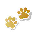 animal tracks sign golden gradient icon vector image